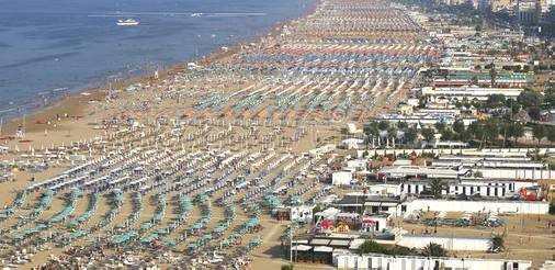 Info Alberghi su estate 2018: Rimini la più gettonata, Riccione in ascesa