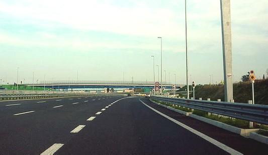 Parte da Rimini diretta a Bellaria per una visita medica, 93enne si perde e finisce a Modena. Soccorsa dalla Polstrada.