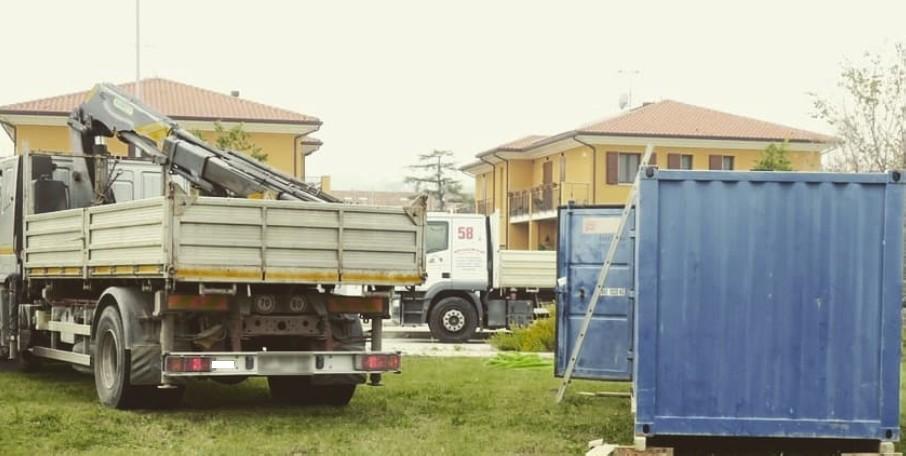 Nuova scuola a Canonica, cantiere in allestimento