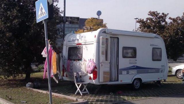 Allontanati i camper nomadi dal parcheggio delle Befan