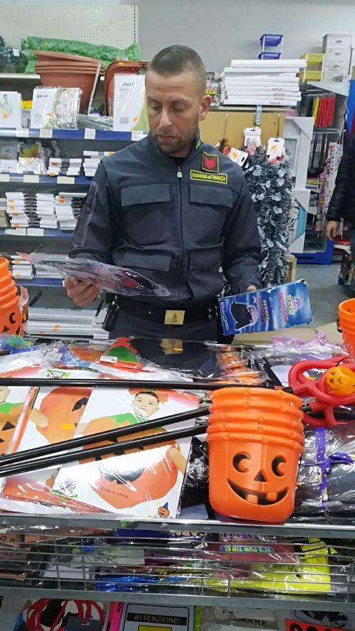 Giochi di Halloween non in regola, sequestri delle Fiamme Gialle