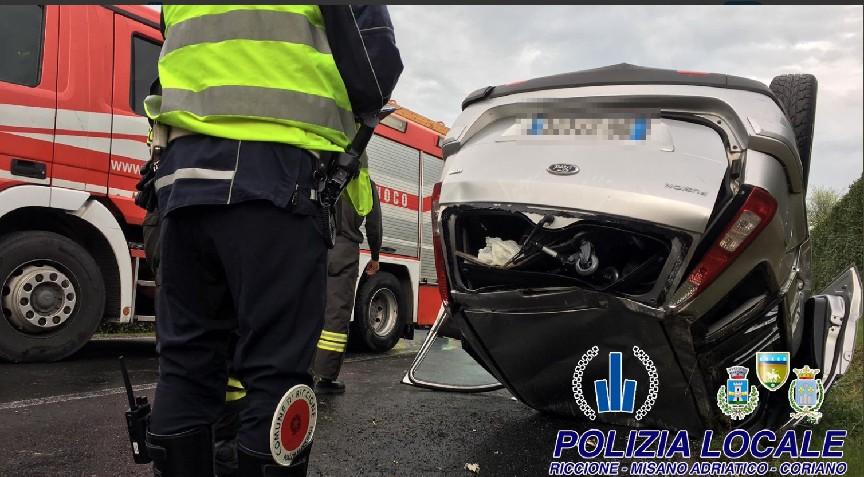 Auto fuori controllo, due incidenti in via Marano