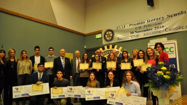 Il Rotary Club Riccione Cattolica premia i migliori diplomati