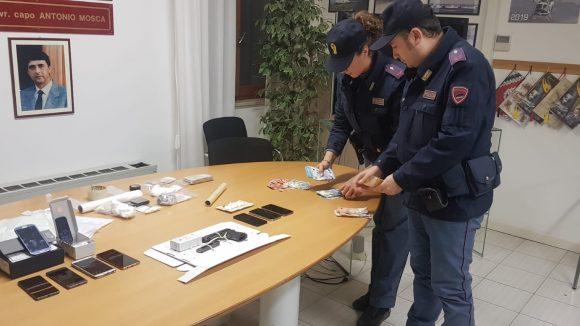 Droga e armi, espulso uno degli arrestati