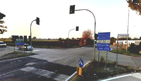 Martedì il semaforo Padre Tosi/Tolemaide spento per manutenzione