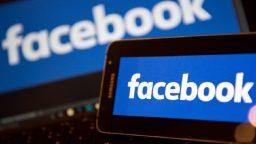 Post incriminati, gruppo Facebook bloccato