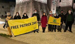 free patrick zaki - castel sismondo colorato di giallo